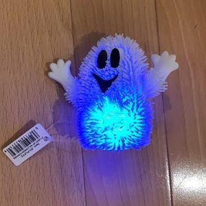 "FREE w 3+ bundle 3"" Light Up Halloween Puffer toy"